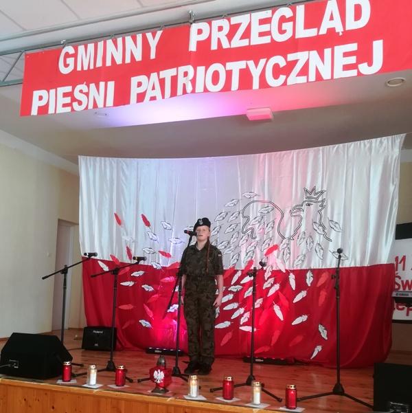 Przeglad_piesni_001.jpg