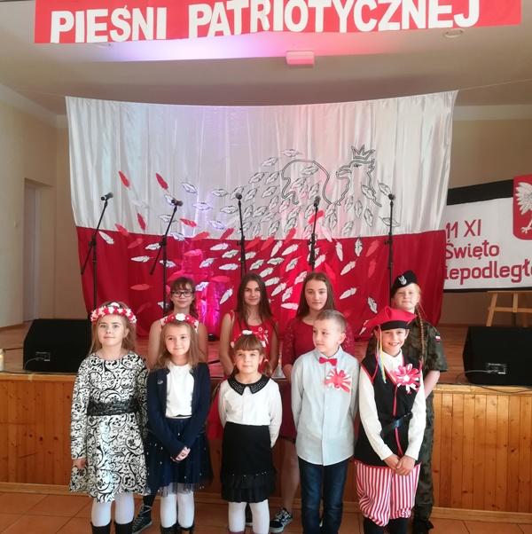 Przeglad_piesni_003.jpg
